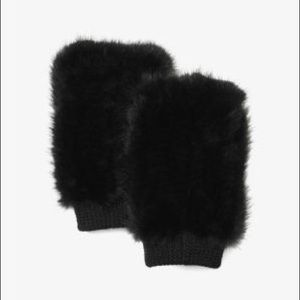 NWT MICHAEL Michael Kors Rabbit Fur Gloves